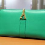滋賀県でイヴ・サンローラン高価買取|バッグ・財布・衣類などおまかせください京阪浜大津駅前質屋京都屋へ